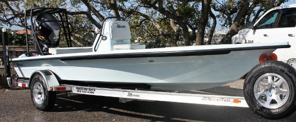 2019 Maverick Boat Co. 18 HPX-V (Ice Blue)