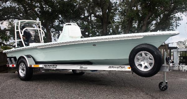 2020 Maverick Boat Co. 18 HPX-V (Sardina Green)
